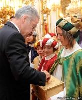 28.12.2012 Sternsinger zu Gast beim Bundespräsident_6